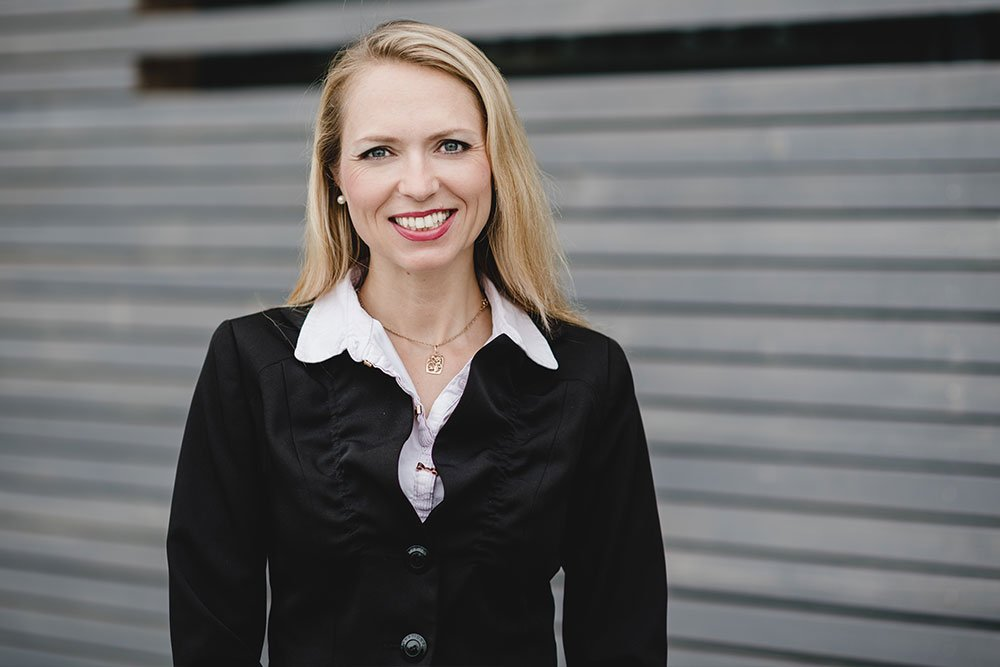Experte Zinshaus Oberbayern Makler Anlageobjekt Arina Schaller Ansprechpartner Anlageimmobilie