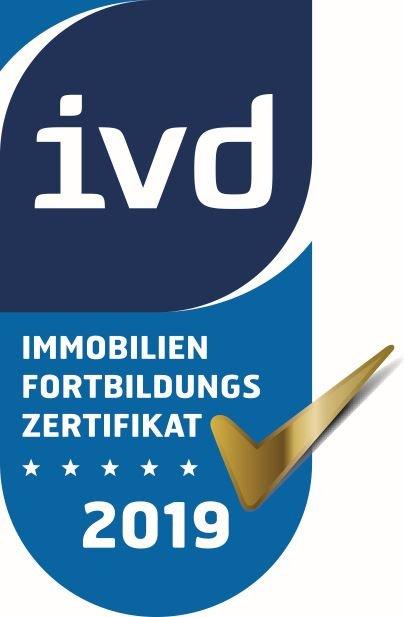 Logo-des-Immobilien-Fortbildungs-Zertifikats-von-IVD-2019
