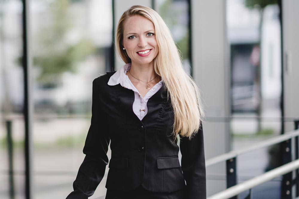 Zinshaus-Oberbayern-Ansprechpartnerin-Arina-Schaller